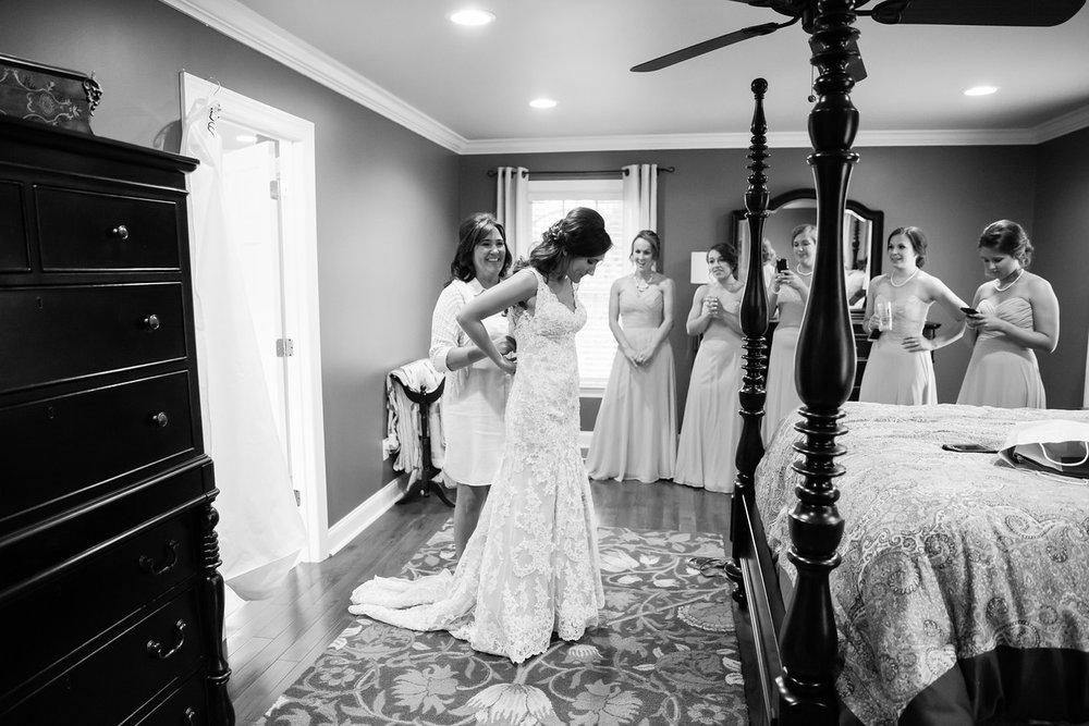 104_Daniel+Mia_WeddingBW-X2.jpg
