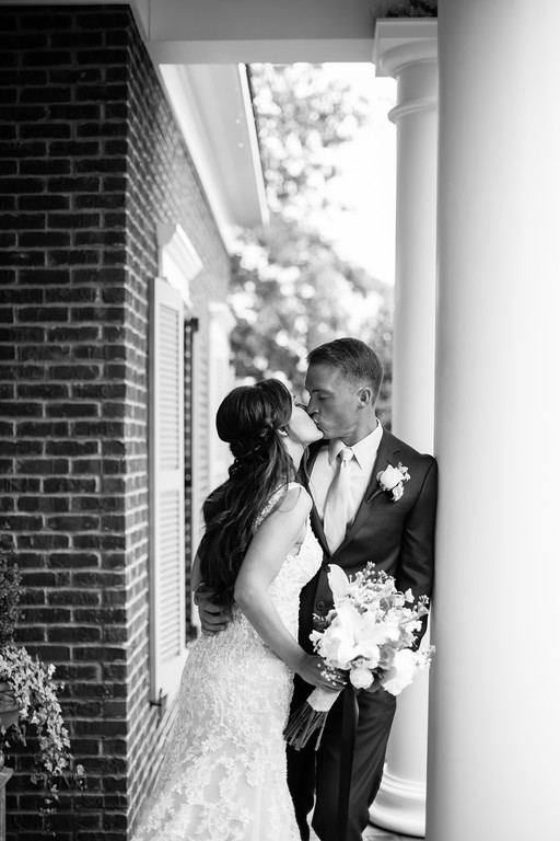 270_Daniel+Mia_WeddingBW-XL.jpg