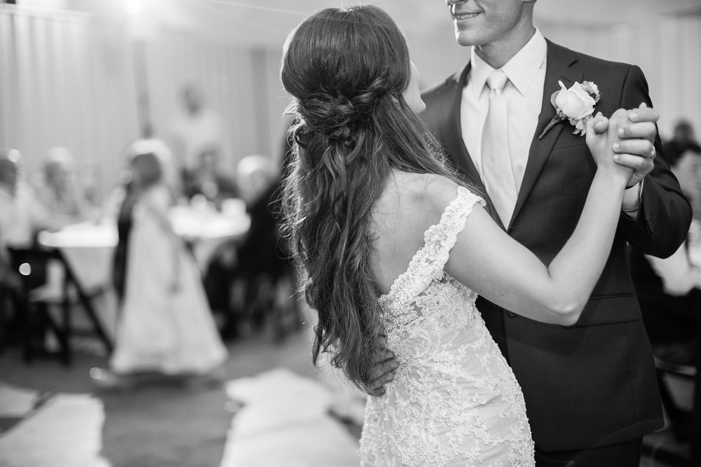 739_Daniel+Mia_WeddingBW-X2.jpg