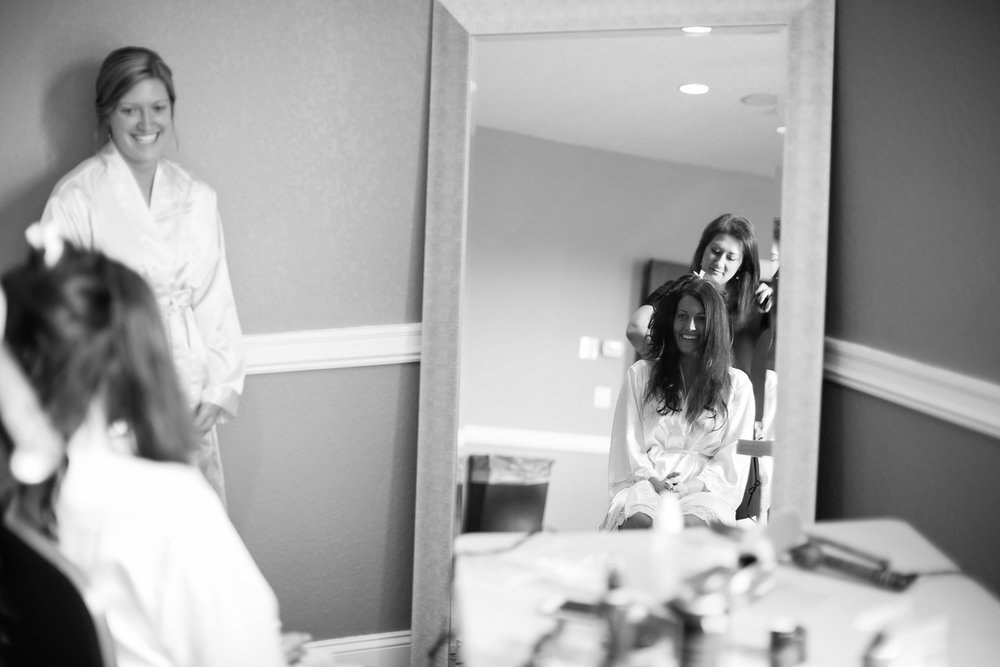 0008_Josh+Lindsey_WeddingBW-X2.jpg