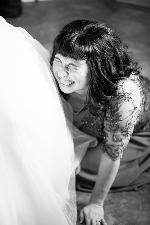0133_Josh+Lindsey_WeddingBW-XL.jpg