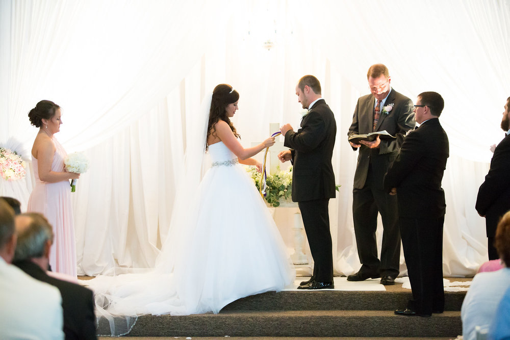 0696_Josh+Lindsey_Wedding-X2.jpg