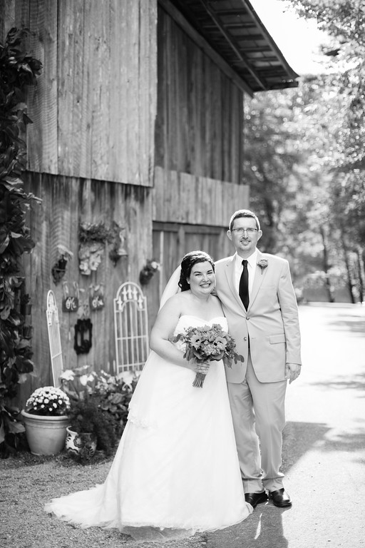 468_Chris+Hannah_WeddingBW-XL.jpg