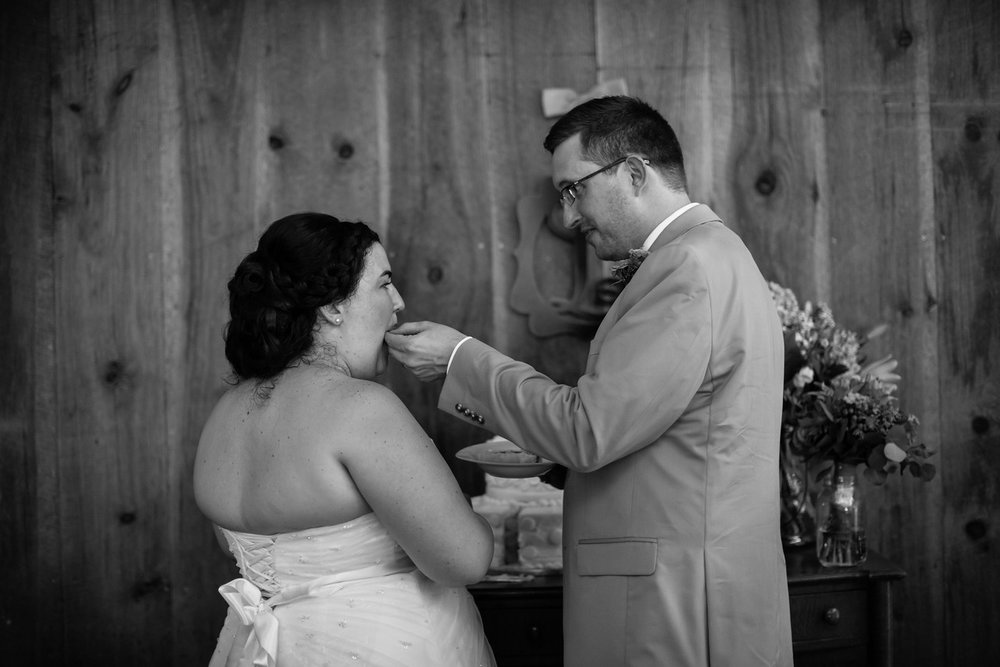580_Chris+Hannah_WeddingBW-X2.jpg