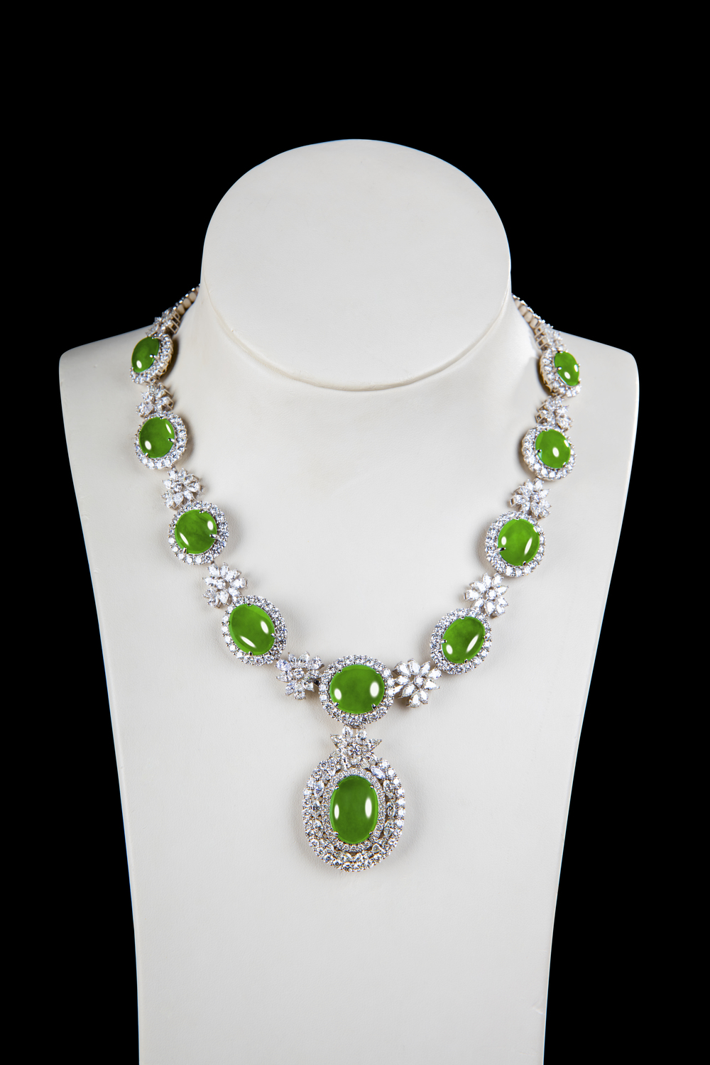 "Jadeite Jade ""A"" Type Magnificent Matching Green Cabochon Diamond Necklace"