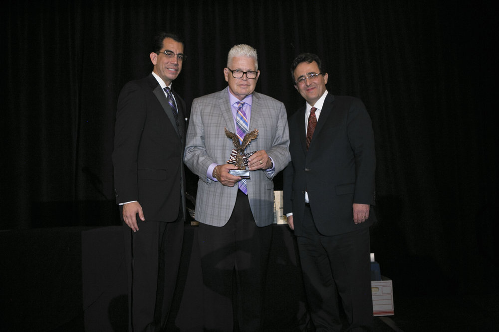 <b>LIFETIME ACHIEVEMENT AWARD</b><br>Glenn Duncan, Chino Councilman