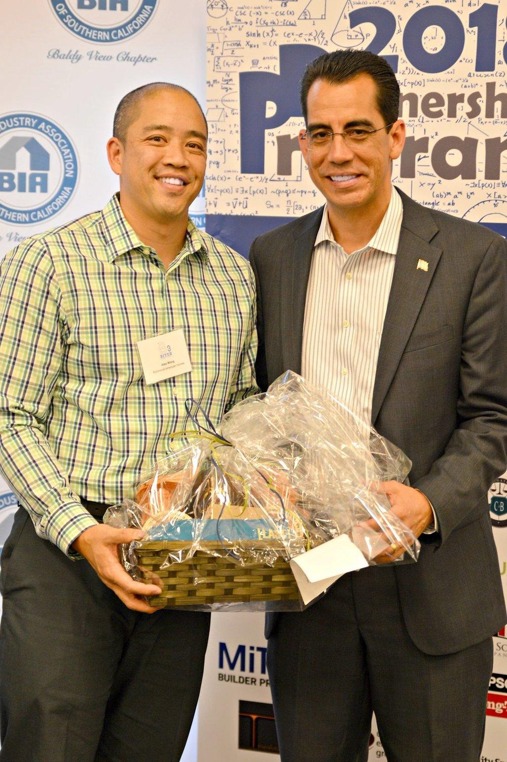<b>ALEX WONG</b><br>Richmond American Homes<br>Last Name Brewing Basket