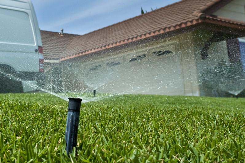 sprinklers-wasting-water.jpg