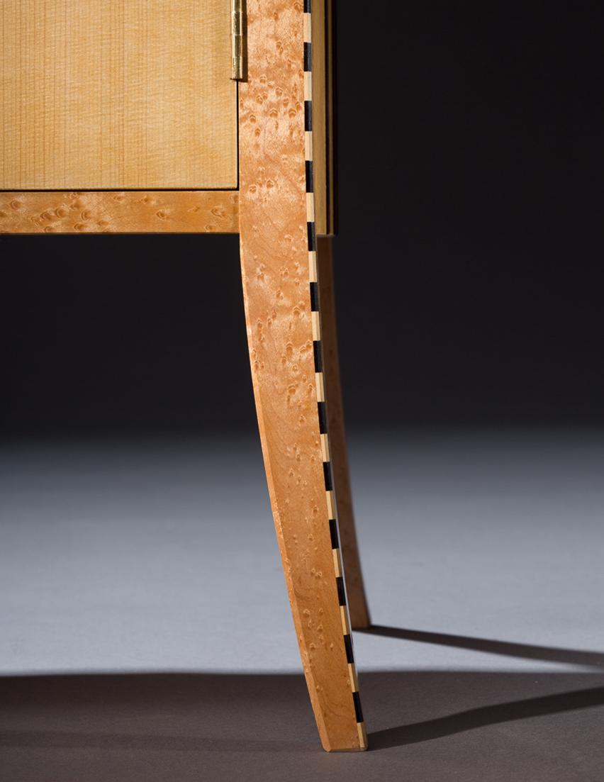 Duet, Leg detail