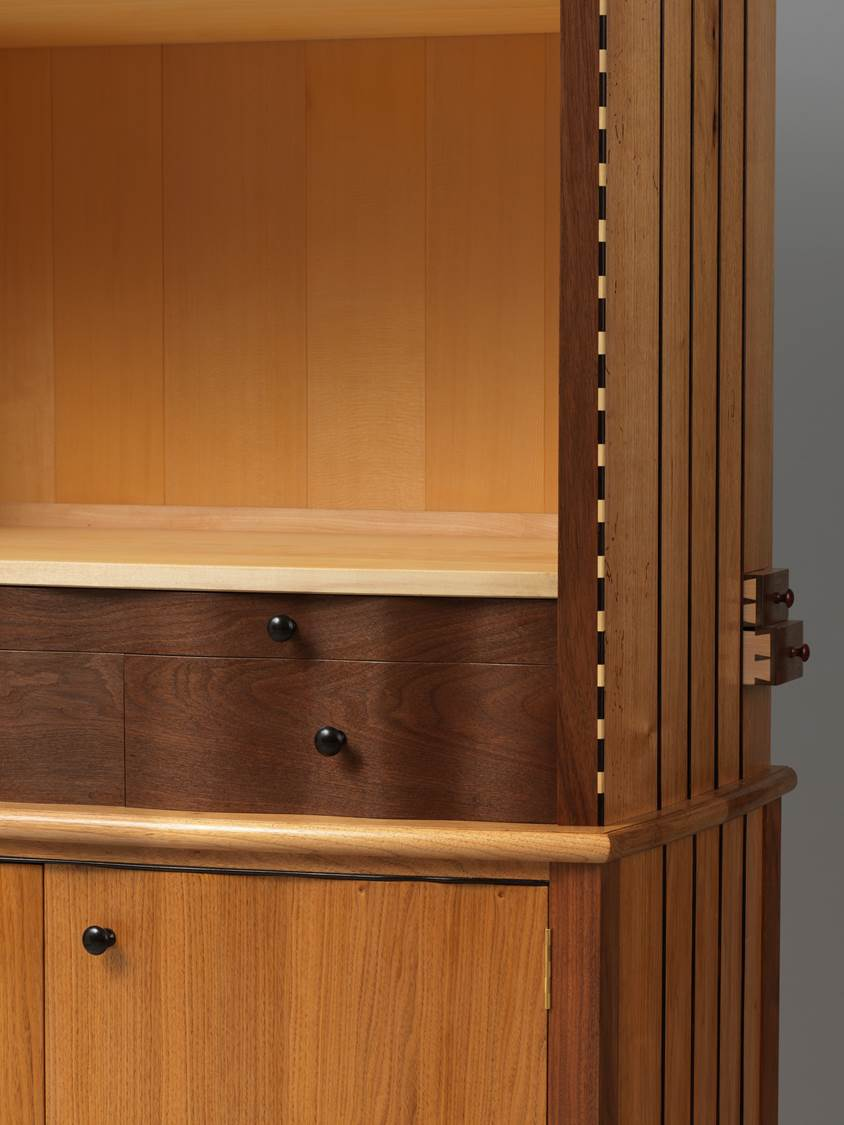 Detail: Bow Cabinet