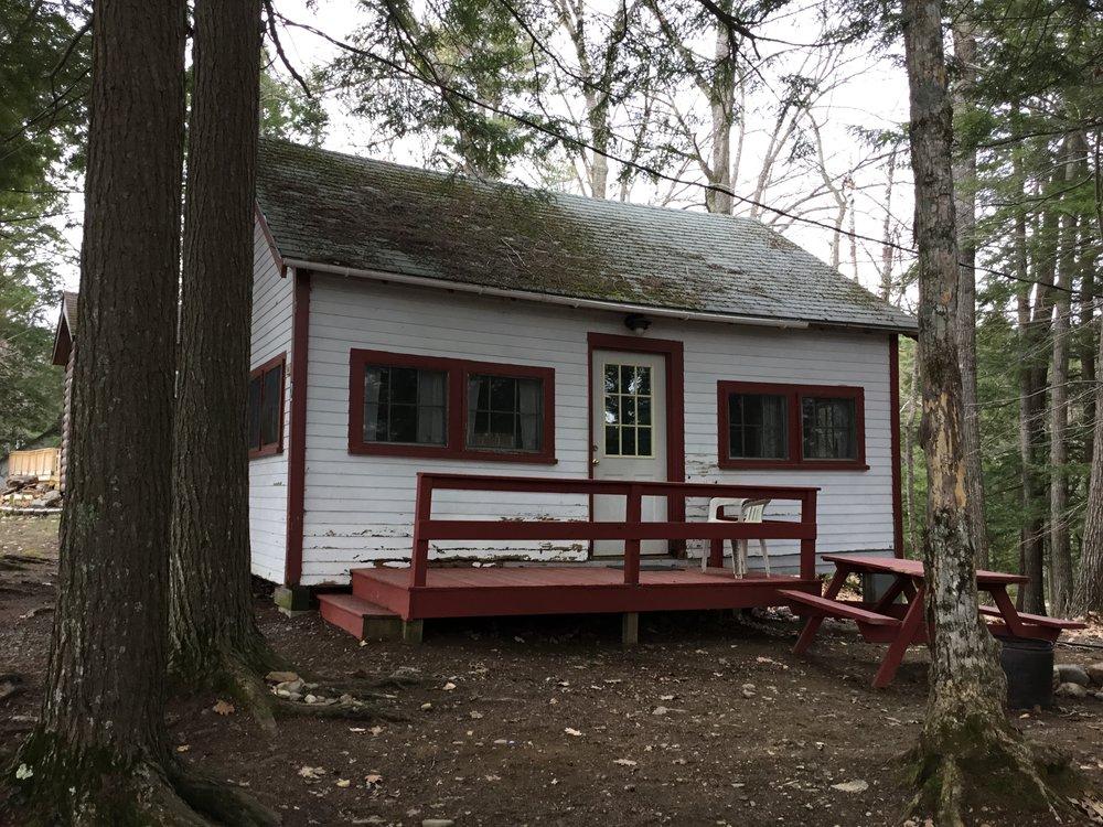 Cabin2a.JPG