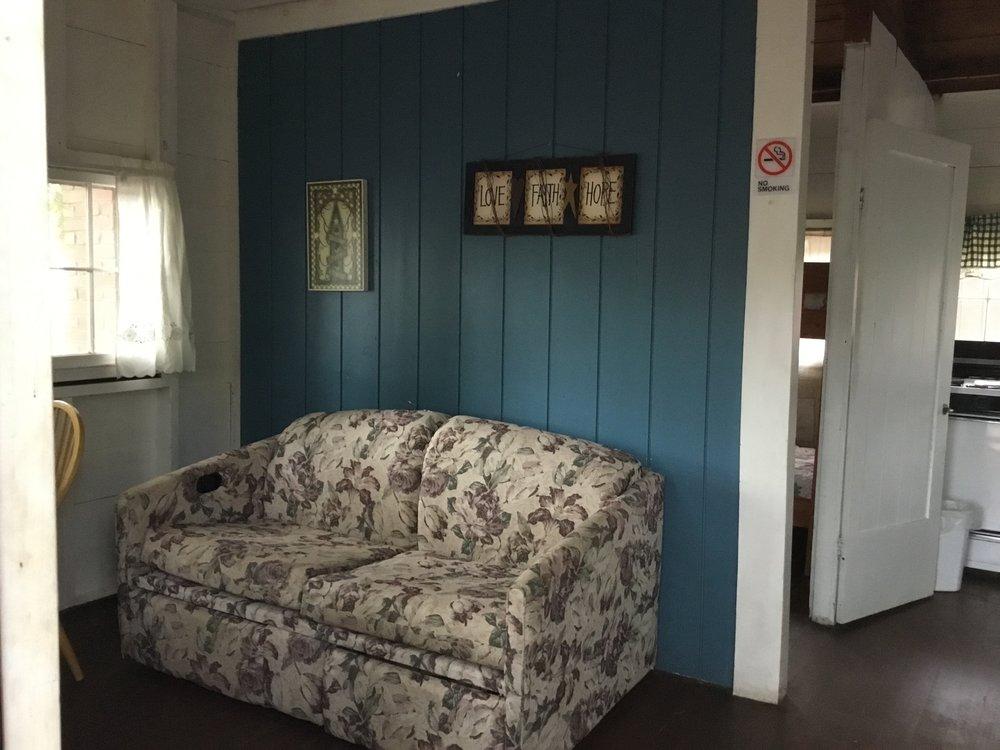 Cabin2c.JPG