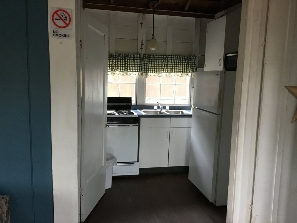 Cabin2d.JPG