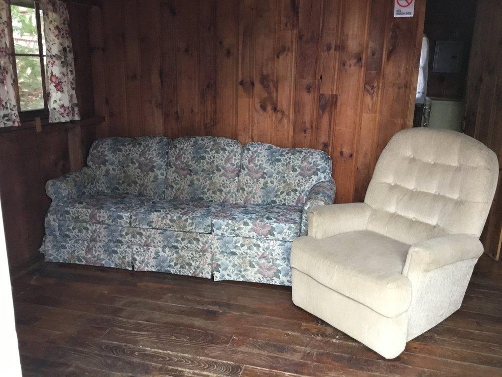Cabin3c.JPG