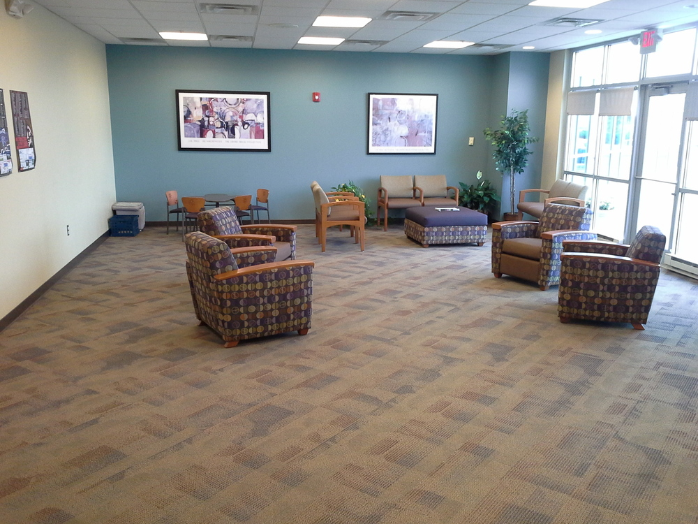 ExpressMed Hilliard waiting area