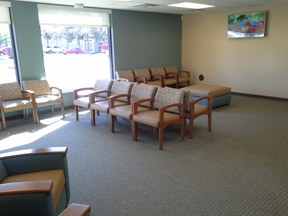 ExpressMed Gahanna waiting area