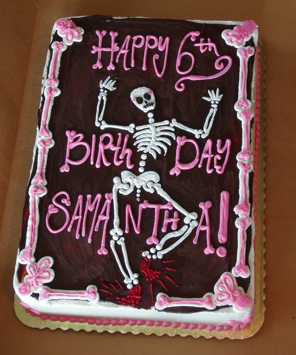This is our daughter Samantha's Birthday Cake - when she turned 6 years old!