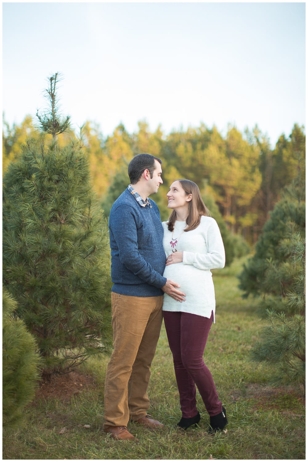 Richmond, VA and Aberdeen, UK Maternity Photography