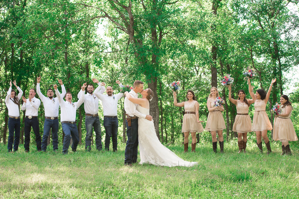 58 texas wedding bridal party photo ideas.jpg
