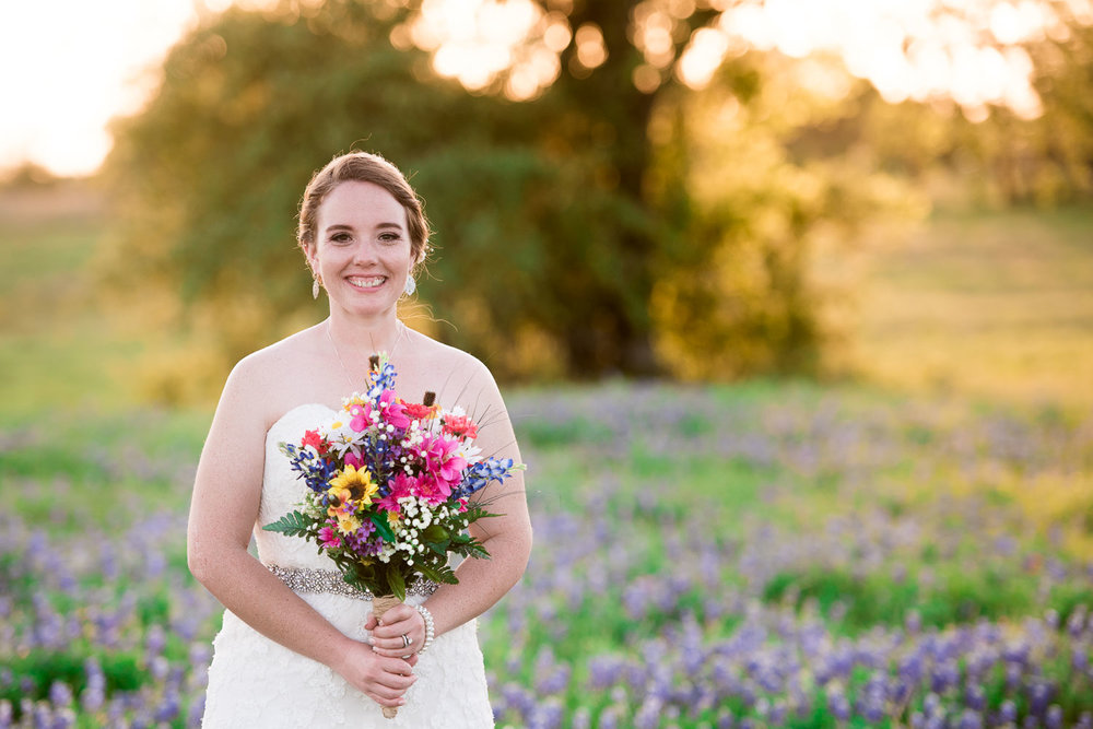 87 bridal photos on watson family farm in luling texas.jpg