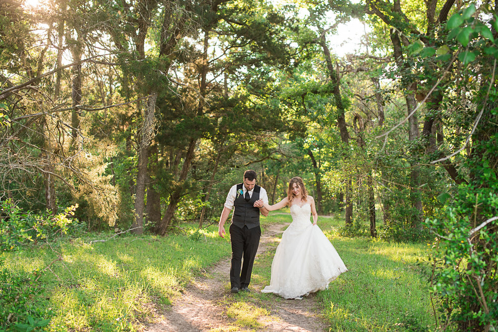 126 wedding portraits at la grange farm.jpg