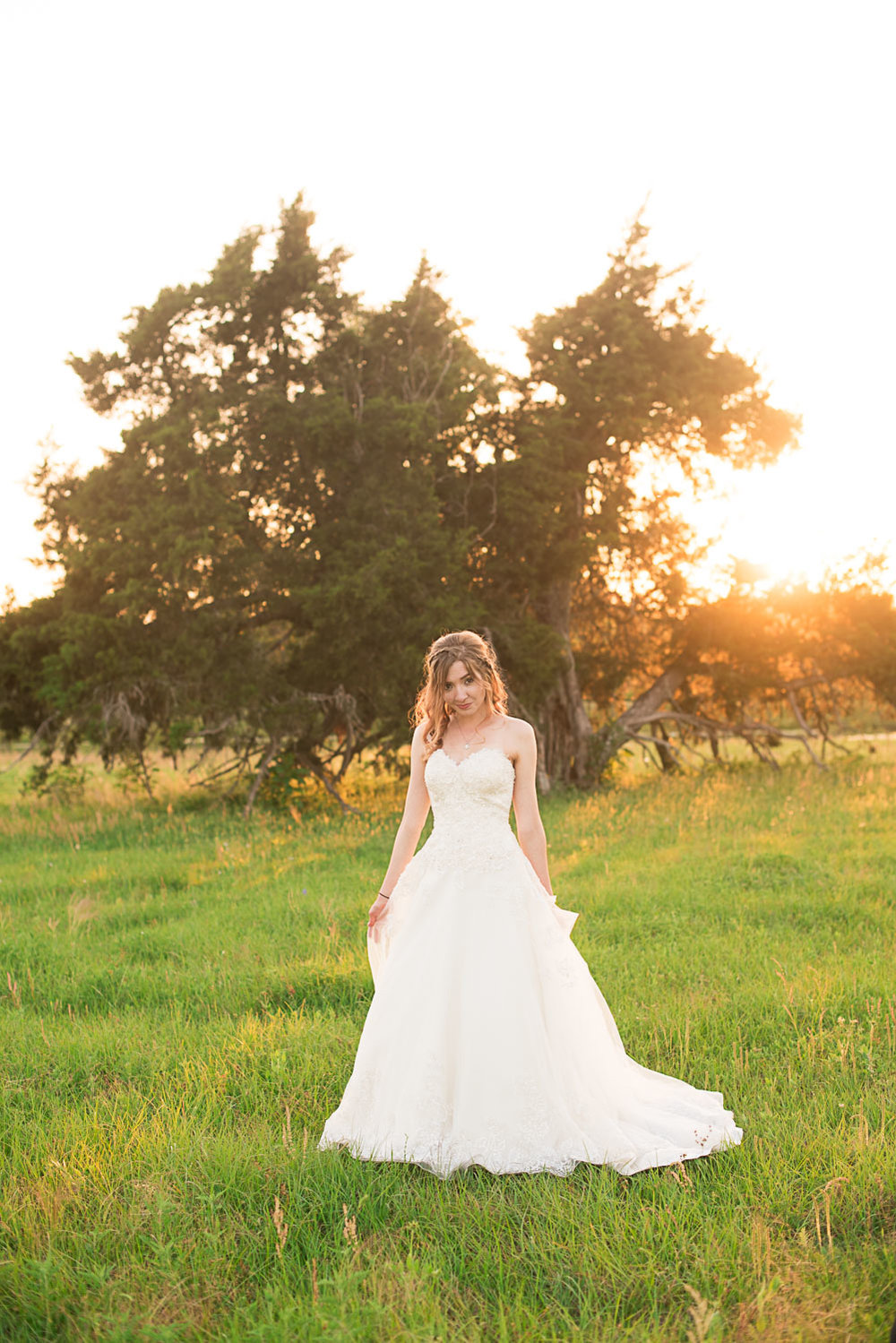 166 bridal photography during golden hour.jpg
