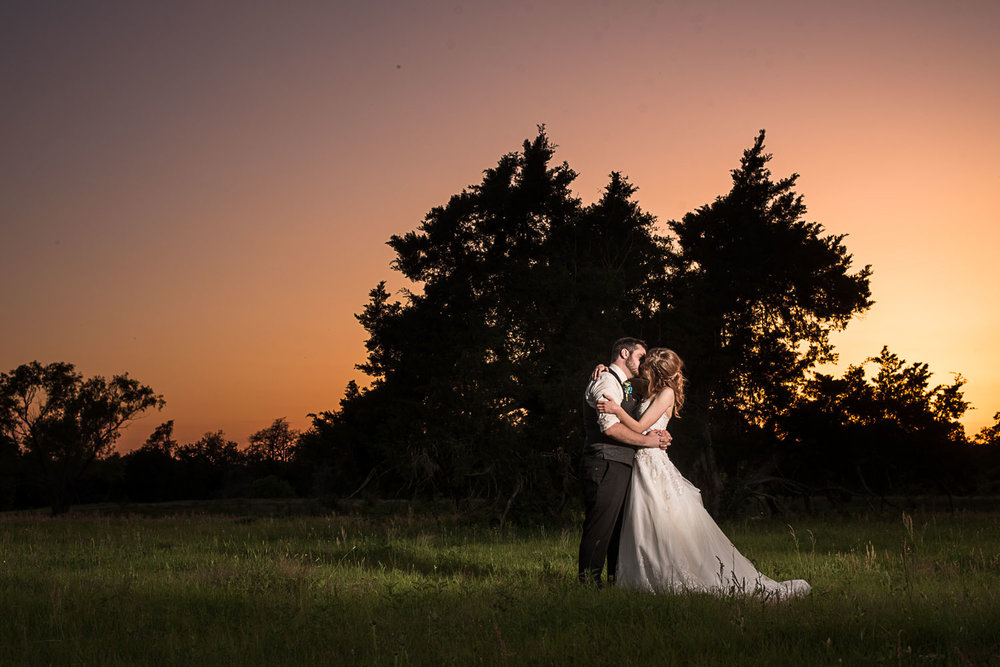 175 outdoor wedding during sunset.jpg