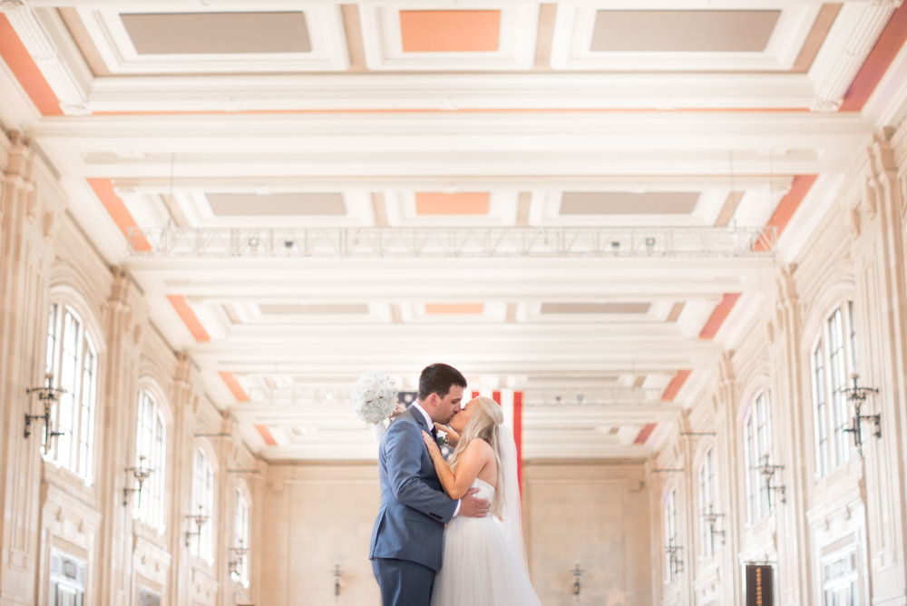 76 bridal session inside union station in Kansas city.jpg