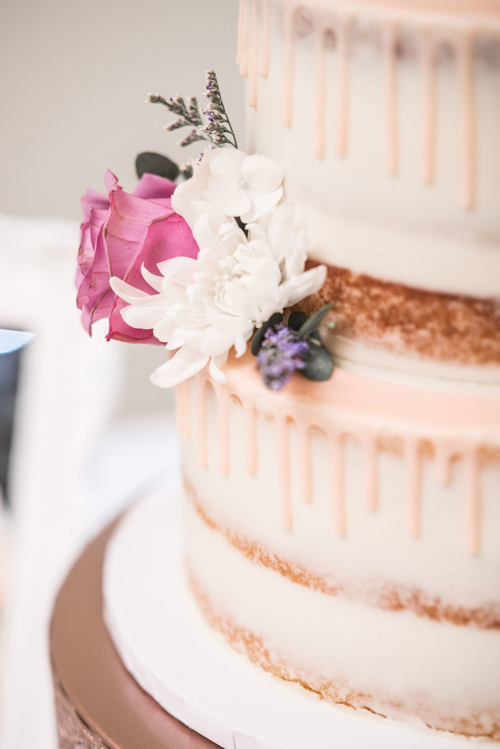 47 sweet treats bakery austin texas wedding cake.jpg