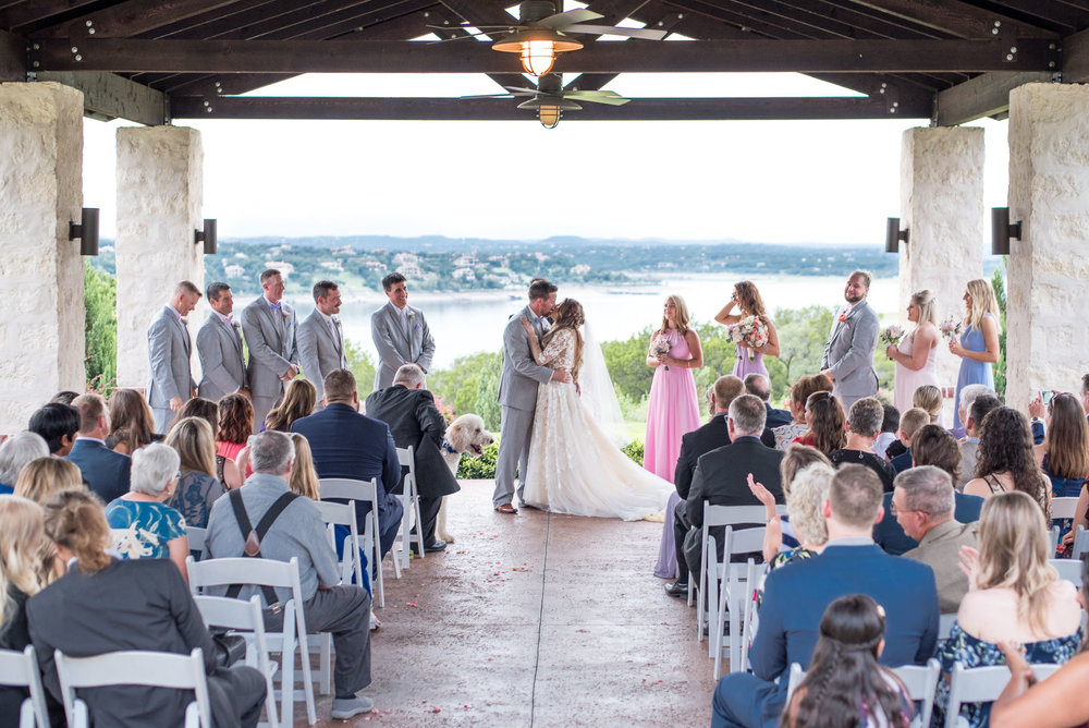 85 outdoor venue at lake travis.jpg