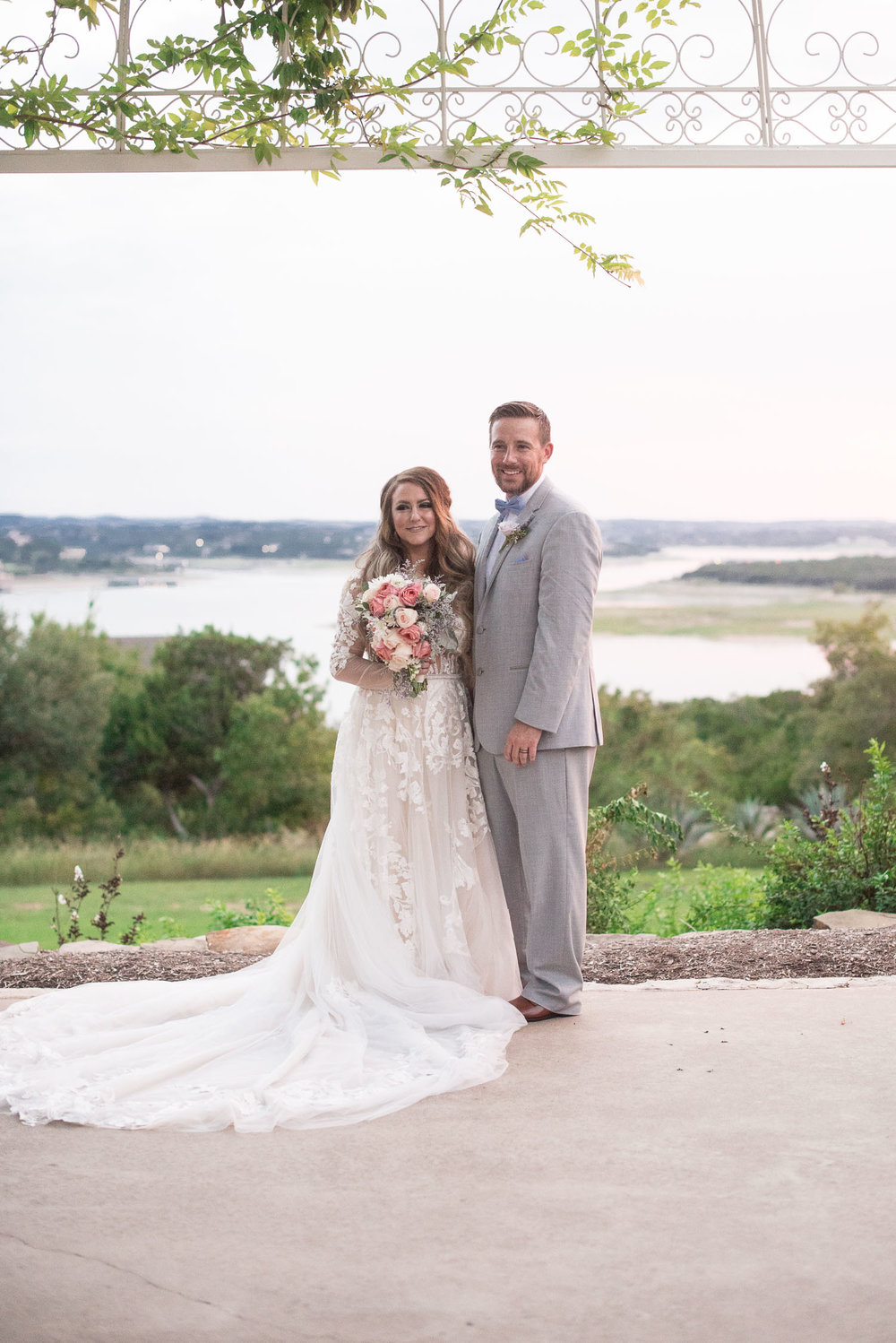 102 romantic florals at lake travis.jpg