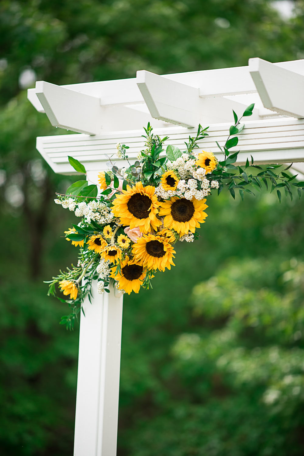 34 Couture Wedding Flowers Wedding Archway Floral.jpg