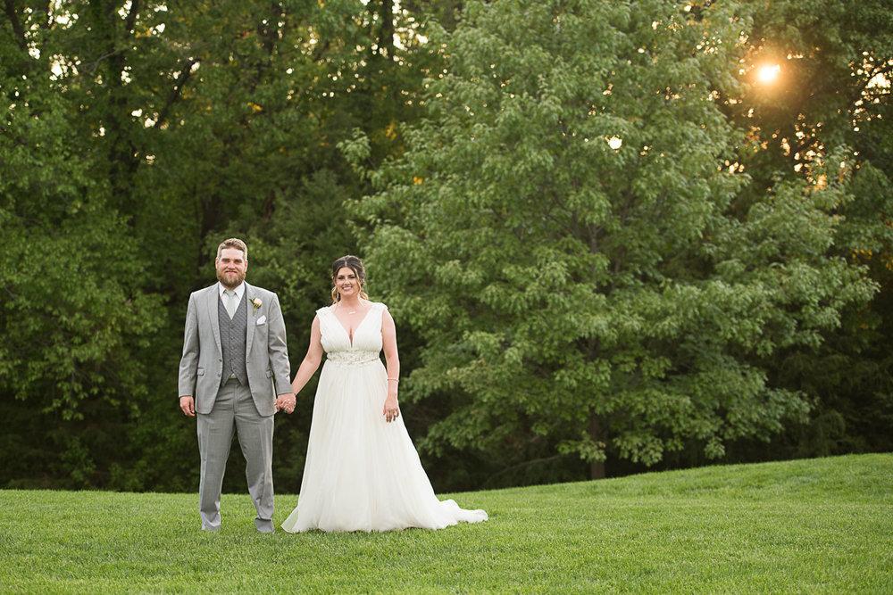 115 bride and groom kansas sunset.jpg