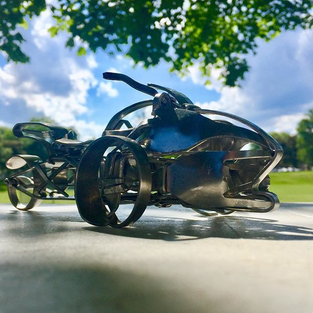 The newest #motorcycle to come to life in #forkart is a #canamspyder just in time for #americade weekend in #lakegeorge #canam #spyder #motorcycleporn #motorcyclemafia #motorcycleclub #motocyclelife #bikeporn #bikelife #trike #trikes #forkartgetbent #sculpture #gearheads #stainlesssteel #metal #metalart #forkyeah #canamspyder #bikelife #bikeporn