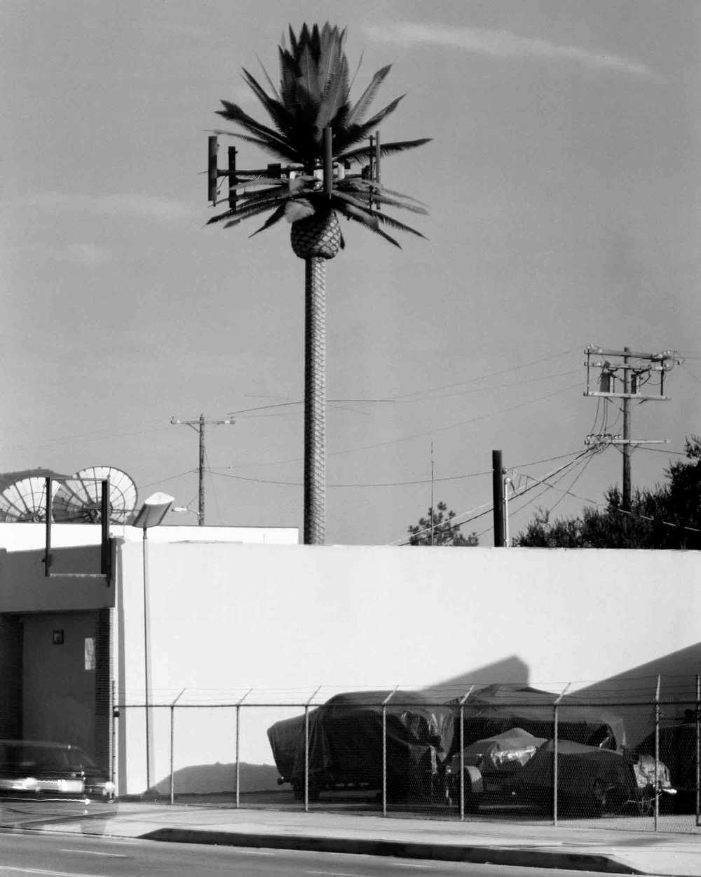 08-Microwave-Tower-#5,-North-Hollywood,-2003.jpg