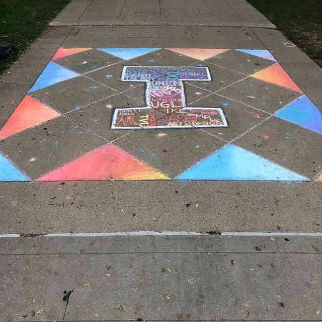‪Out on the Quad this morning? Check out all the designs made by RSOs for the first annual Chalk-a-Block! This year's winner was made by Design For America. #ILLINOIShomecoming‬