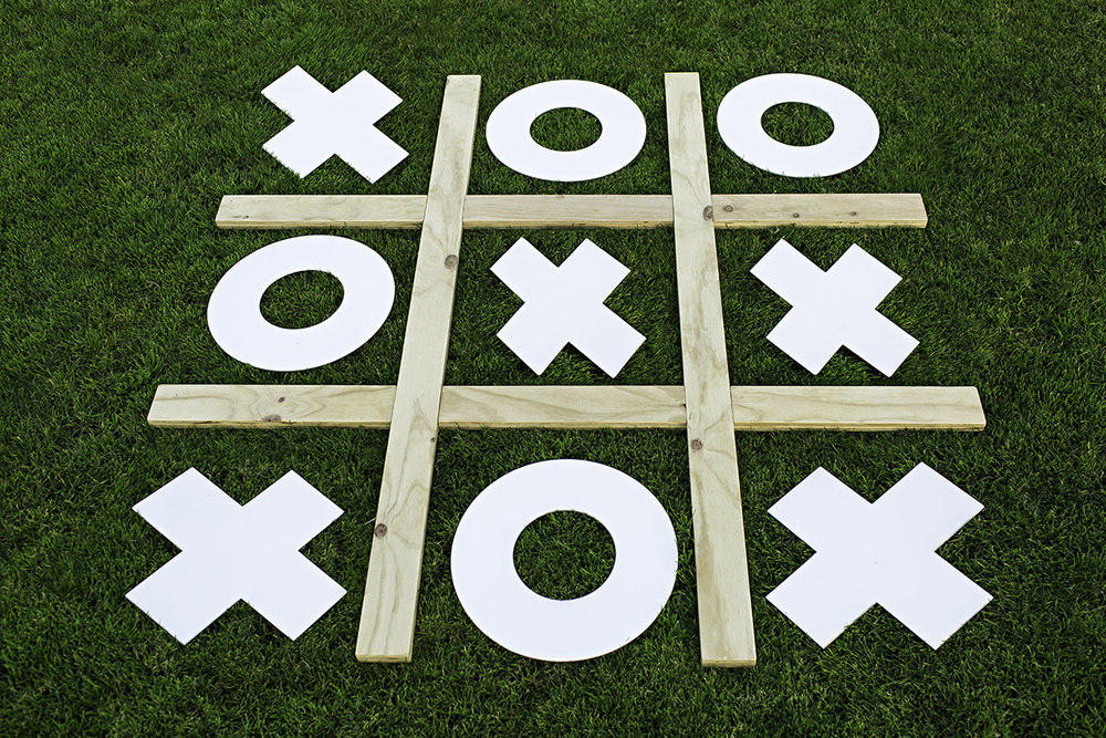Games_0n_the_Green_Naughts_and_Crosses_Internet_001A.jpg