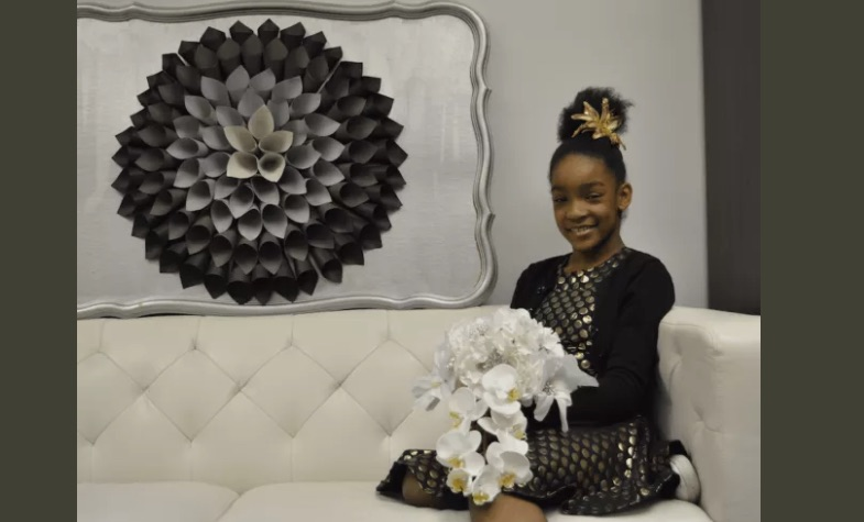 http://danbury.dailyvoice.com/business/danbury-middle-schooler-blooms-with-floral-accessories-business/694247/