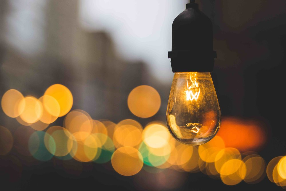 IDEAS WITH LEGS - Step by step ways to create commercial insights & ideas to reinvent your business