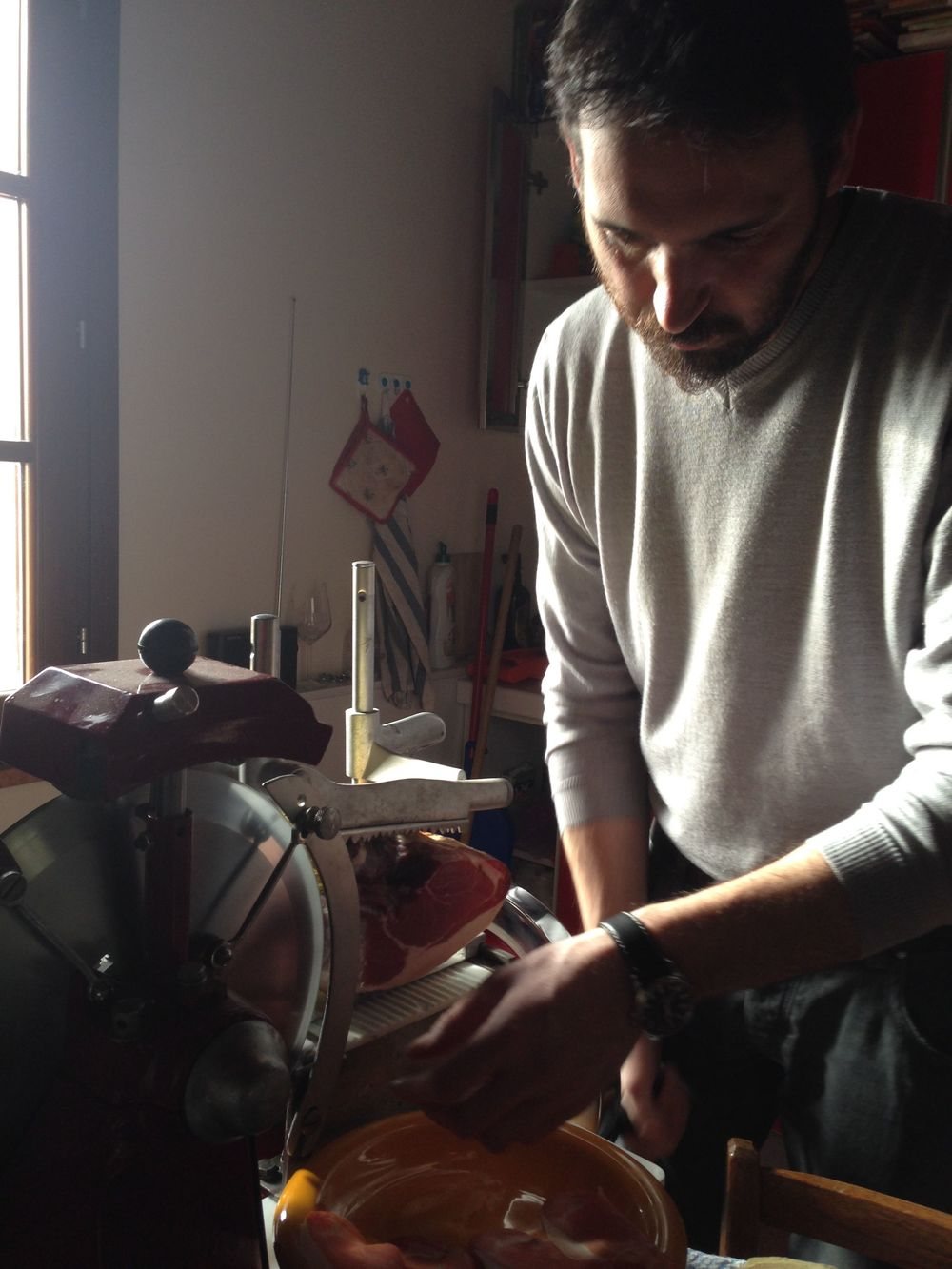 Roberto found an old meat slicer and restored it to perfection......
