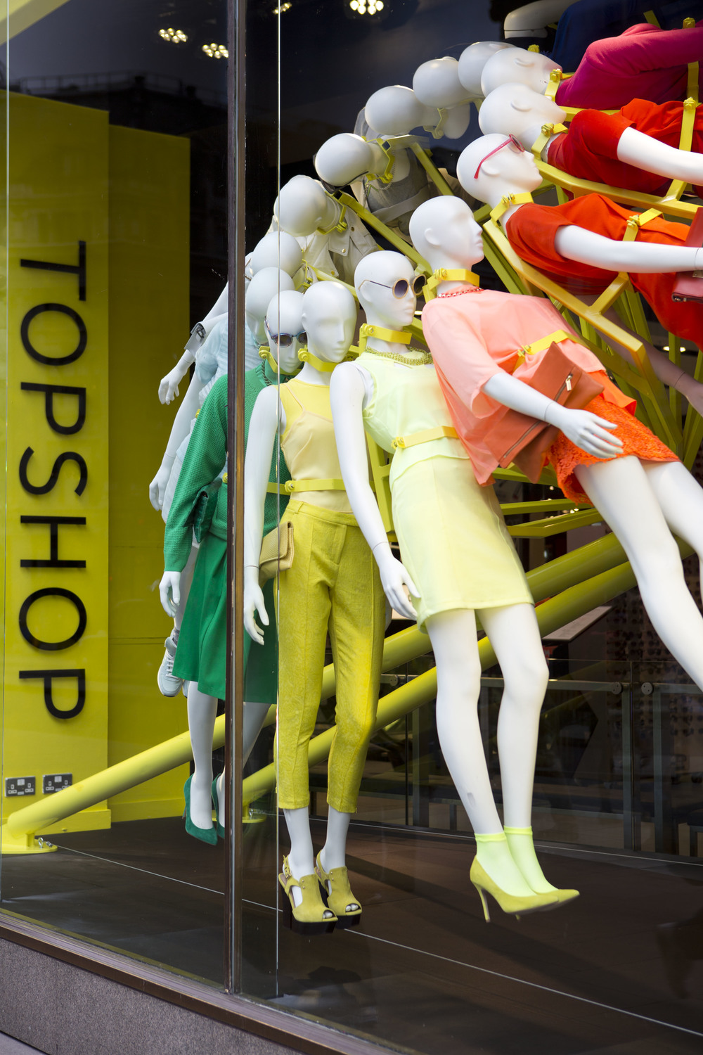 NEON-TOPSHOP-COLOUR-WHEEL-IMAGE-6.JPG