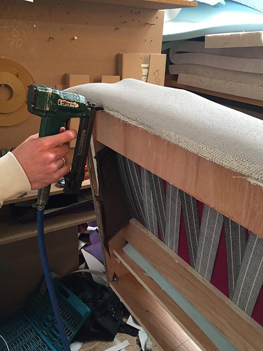 ( 5 ) Upholstering