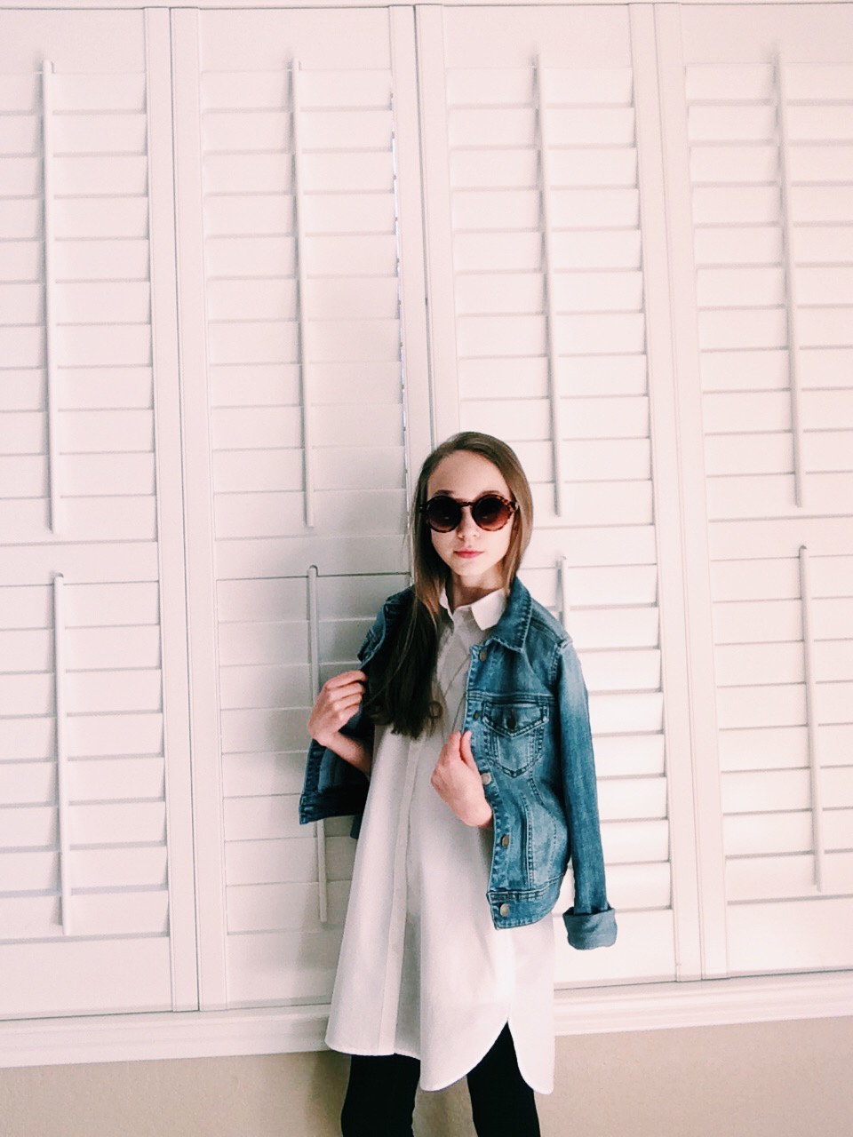 Shirt: Madewell, Pants: Old Navy, Necklace: Madewell, Jean Jacket: Brass Plum, Sunnies: Forever 21