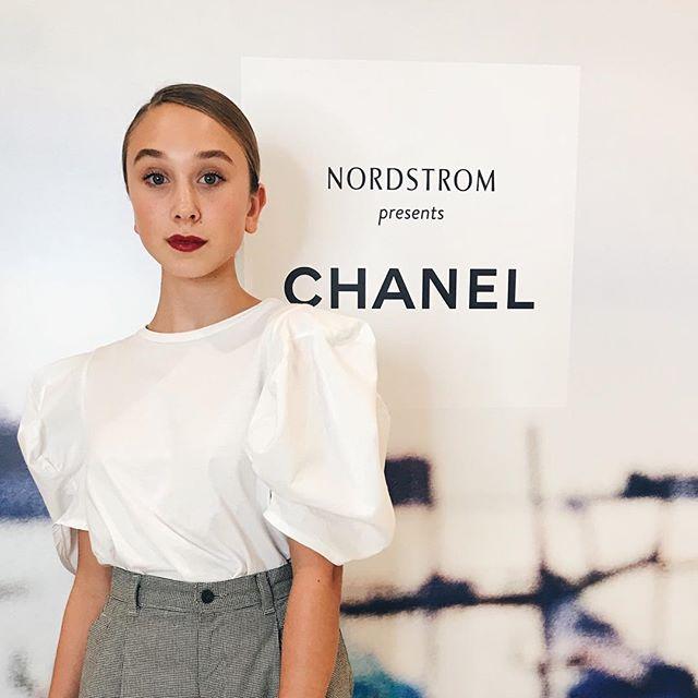 💄💋 . . #chanel #cocochanel #welovecoco #nordstrom #emmainlalaland #fashion #makeup #glam #emmamalouff #actress #actor #model #weloveyourgenes #losangeles #la #fancy #fun