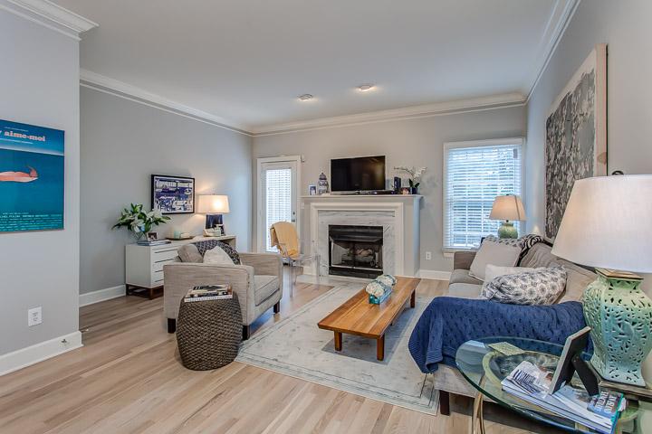 PARTHENON AVENUE   // Avalon Apartments