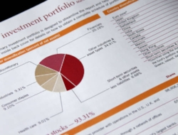 Blog 10618200ftl - How Can Commercial Investments Benefit Your Portfolio.jpg
