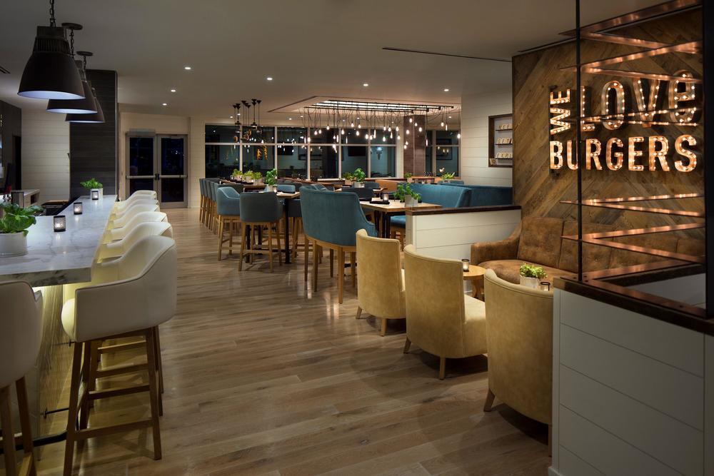 BRGR_Restaurant_575010_high.jpg