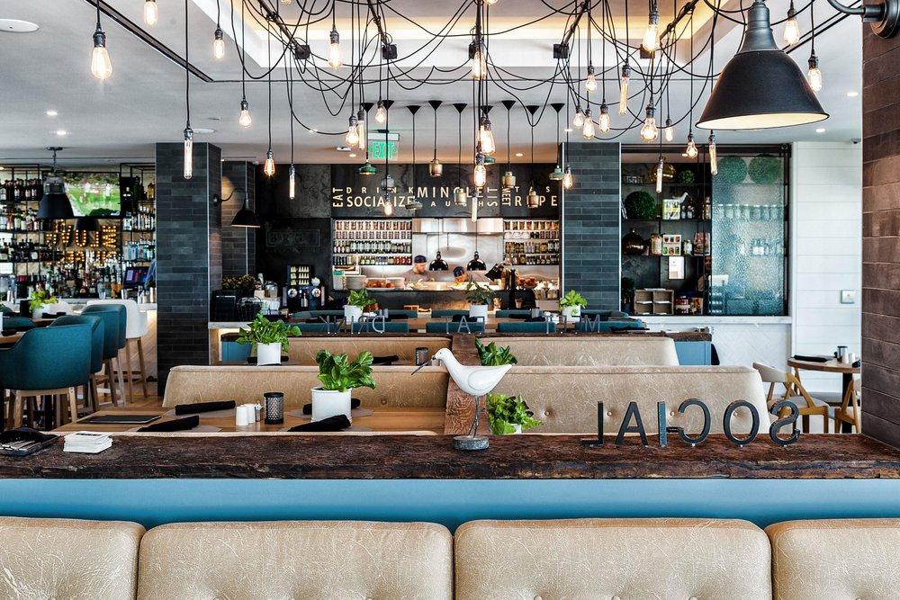 BRGR Restaurant_590477_high.jpg