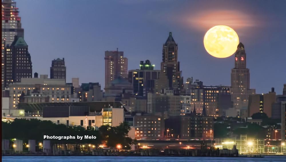 Super Moon over Brooklyn, NYC
