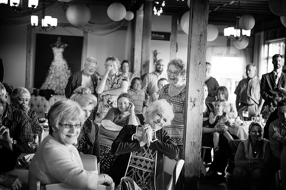 wedding geusts admiring the couple, kildera farm, saanichton bc